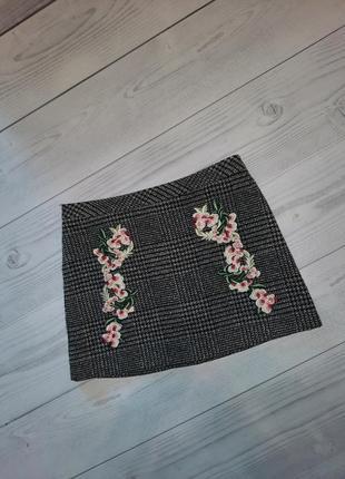 Теплая юбка, в составе шерсть с вышивкой