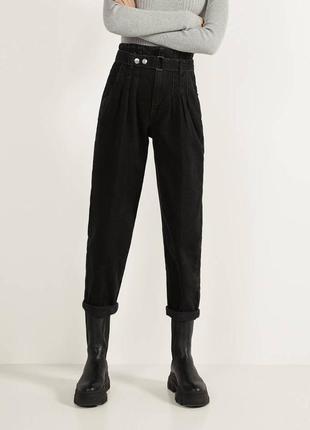 Черные джинсы баллоны мом широкие