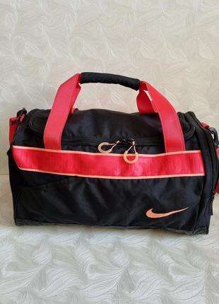 Спортивная сумка nike,оригинал