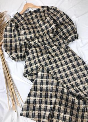 Платье миди с рукавами буфами