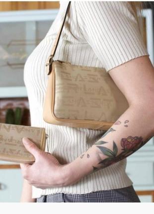 Сумочка-багет класса люкс lancaster, состояние  идеальное!