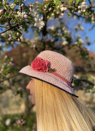 Шляпы для моря и городских прогулок