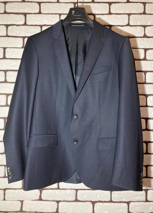 Синий, темно-синий , классический костюм hugo boss на свадьбу , мероприятие, выпускной