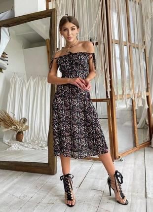 Платье цветочный принт - черный