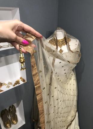 Шаль индийская одежда сари
