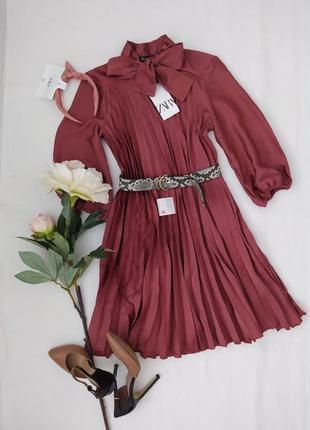 Розкішне плаття zara