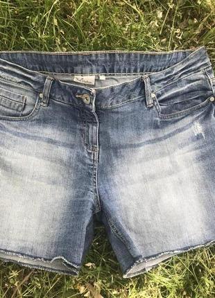 Стрейчевые шорты ботал