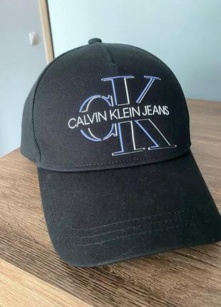Кепка calvin klein jeans