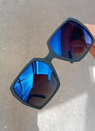 Стильные синие зеркальные женские очки polarized atmosfera