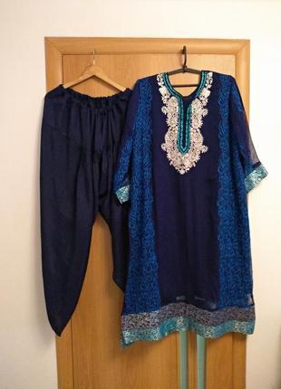 Шикарный комплект с вышивкой платье, штаны и шаль, индийский наряд. размер 24-30