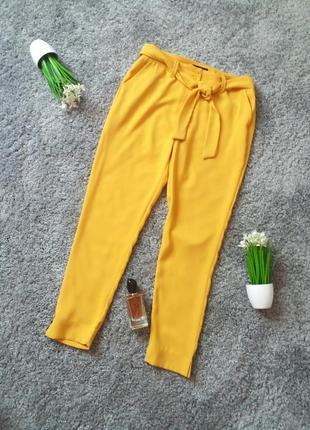 Брюки жовто-гірчичного кольору 46-48р.