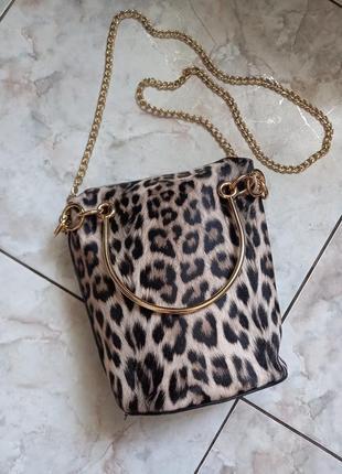 Леопардовая сумочка кросбоди