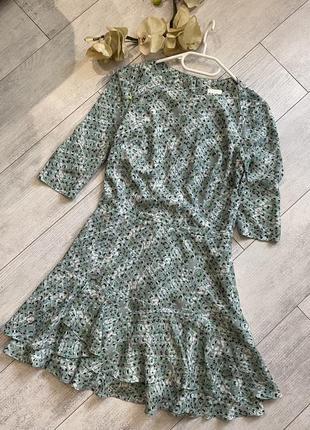 Фирменное платье reiss в цветочный принт цвета шалфей мятный мята