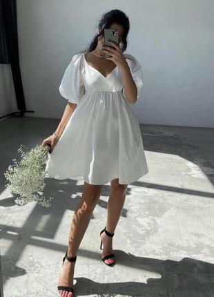 Белое коттоновое платье