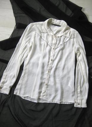 Блуза рубашка zara белая длинный рукав золотые пуговицы