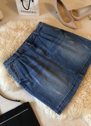 Роскошная стрейчевая джинсовая юбка с потертостями на р. 10/38 - 12/40...🍓❤️💋