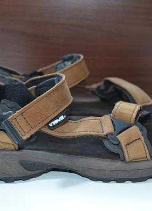 Teva 38р сандалии кожаные. оригинал. трекинговые
