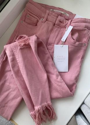 Крутые летние джинсы zara