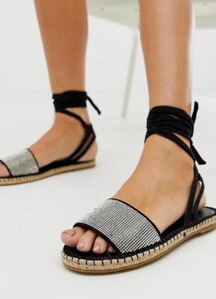 Блестящие сандалии босоножки с завязками асос asos