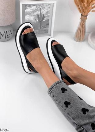 Мягенькие и стильные сандалии