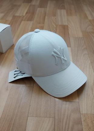 Молодёжная кепка бейсболка сетка белая 56-58