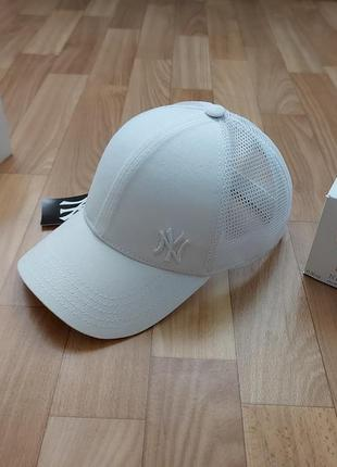 Стильная кепка бейсболка унисекс сетка 56-58 белая