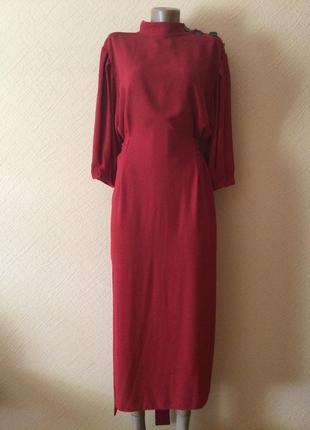 Стильное платье миди от zara.