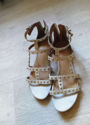 Белые кожаные босоножки гладиаторы,сандали  ivanka trump