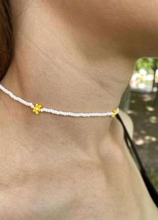 Нежный / стильный чокер / ожерелье/ с маленькими цветочками