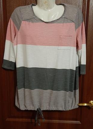 Блузка в полоску размера 50-52.