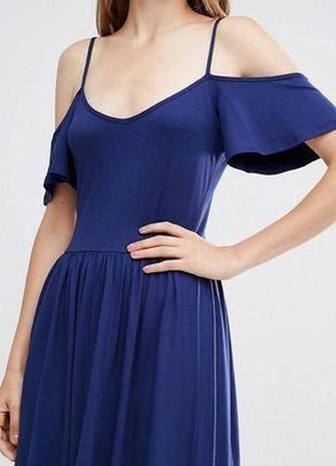 Летнее вискозное платье с открытыми плечами/сарафан