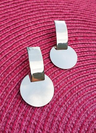 Круглые геометричные серьги гвоздики, серебристый металл