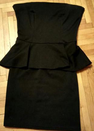 Платье чёрное мини с баской
