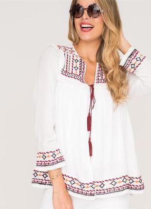 Блуза вышиванка с баской от груди,вышивкой,бахромой,помпонами в этно,бохо стиле,вискоза
