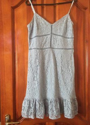 Платье ажурное голубое летнеее на брительках.