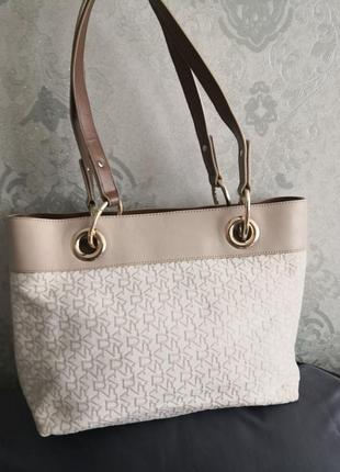 Красивая летняя брендовая сумка dkny👜👜💣🔥🔥