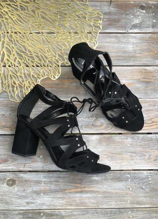 New look замшевые босоножки на завязках на каблуке