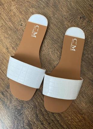 Белые шлепки шлепанцы сандали франция париж zara