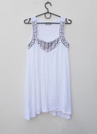 Белое летнее трикотажное платье из вискозы