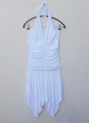 Белое летнее трикотажное платье из вискозы с открытой спиной