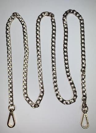 Ремень- цепочка для сумки на карабинах. цвет золото.