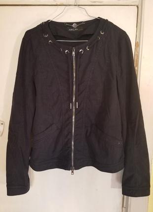 Легкая курточка marc cain original.