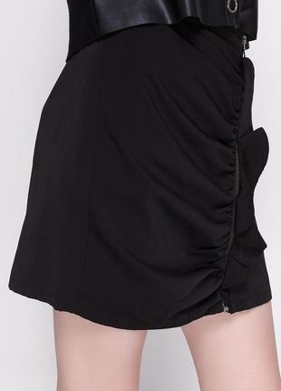 Новая фирменная женская юбка zara черная женская юбка с рюшами женская юбка с воланами женская юбка на молнии спереди женская юбка с оборкой