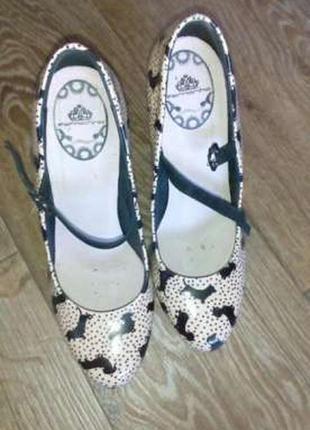 Туфли женские на каблуке, размер 39