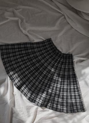 Короткая юбка в клетку. юбка аниме