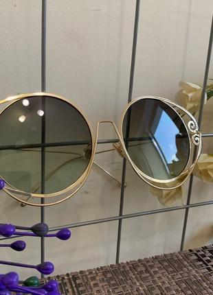 Солнцезащитные очки на крупное личико