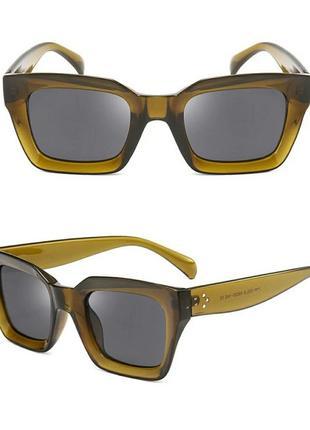 Солнцезащитные очки оливковые коричневые в стиле h&m zara