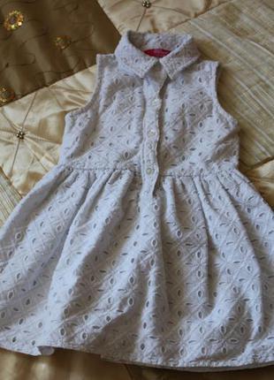 Нарядное белое платье на 1,5-2 года