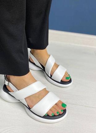 Кожаные белые босоножки сандали сандалии на платформе шкіряні босоніжки