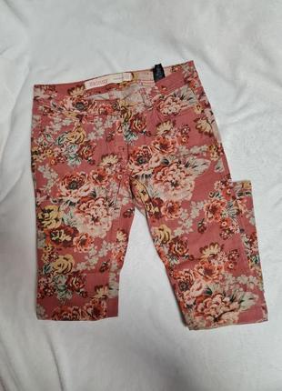 Укороченные джинсы next